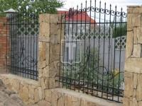 Забор с широким узором из плавных линий (Арт. 051)