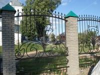 Забор с интересным центральным узором (Арт. 042)