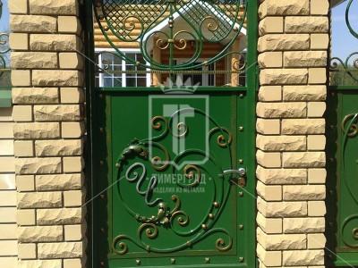 Зеленая калитка с ажурным рисунком (Арт. 010)