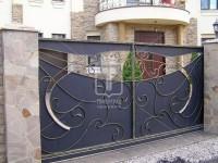 Откатные кованые ворота с плавными линиями (Арт. 098)