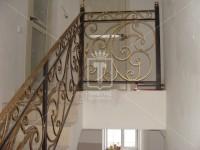 Кованые перила с фактурным поручнем и фактурными столбами (Арт. 017)