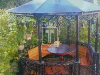 Виноградная беседка на красивых столбах (Арт. 018)