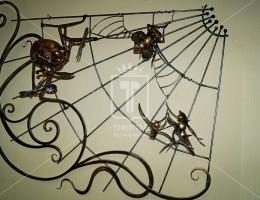 Кованая композиция из сказки «Муха-цокотуха»